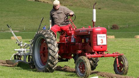 farmall fc tractor french    zealand