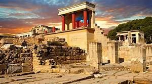Minoan Civilization survived into the Iron Age