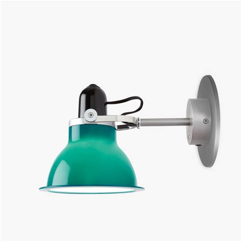 type 1228 wall light mid green
