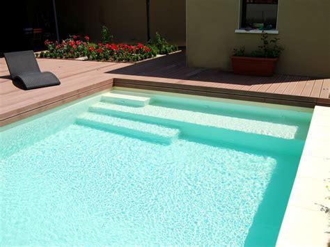piscine bois avec escalier integre l escalier sur mesure par l esprit piscine escalier sur mesure avec banquette escaliers de