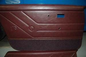 2 VH HDT SS Door trim in Claret