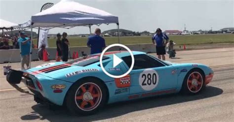 This Ford Gt Performs The Worlds Fastest Standing Mile