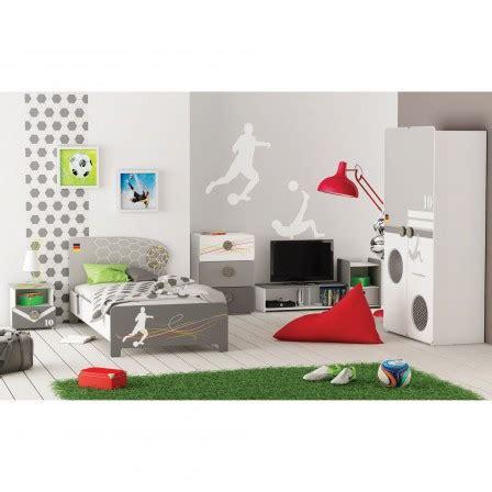 deco chambre garcon 10 ans décoration et meuble football pour chambre d 39 enfant