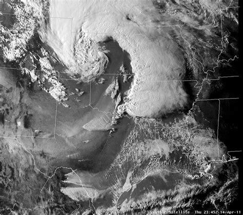 foto de Tornado outbreak of April 14 16 2011 Wikipedia