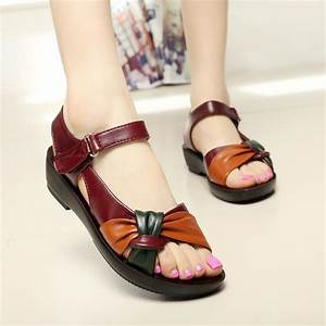 2017 summer shoes flat sandals women aged leather flat ...