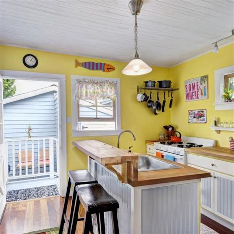 bright yellow  white decorating ideas sunny color