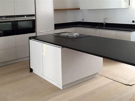 cuisine plan de travail marbre pose de marbre et marbrerie cuisine courcouronnes evry