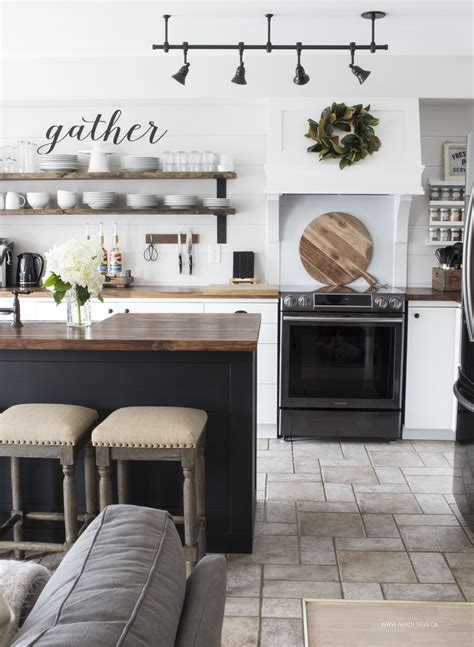 Fixer Kitchen Decor Ideas by What S New In Fixer Farmhouse Home Decor Volume 20