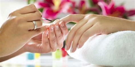 Что такое праймер для ногтей для чего нужен и как его наносить а также разница между праймером и бондом