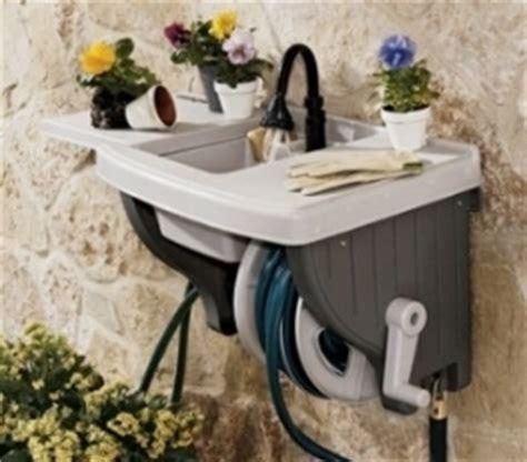 lavandino per terrazzo lavelli da giardino mobili giardino
