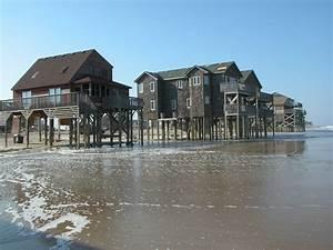 Homes After Hurricane Isabel