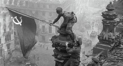 Europeans Underestimate Soviet Army's Role In Wwii Victory