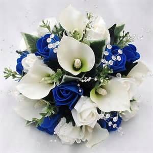 blue wedding flowers wedding flowers bouquets bridesmaids posy cala lilies royal blue roses