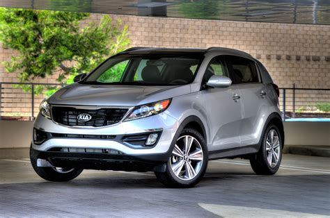 kia sportage reviews  rating motor trend canada