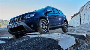 Duster 2018 Bleu Cosmos : 2018 dacia duster see the changes side by side ~ Maxctalentgroup.com Avis de Voitures