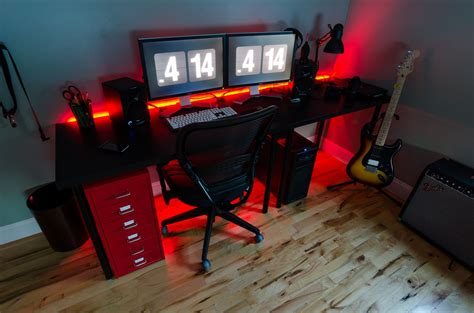 red light desk l 2014 desk setup i 39 ve been working on this for the last