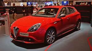 Alfa Romeo Giuletta : alfa romeo cool cars n stuff ~ Medecine-chirurgie-esthetiques.com Avis de Voitures