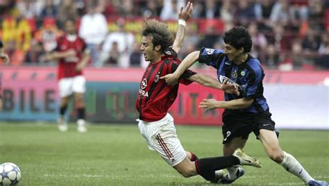 6 Classic Derby della Madonnina Clashes Between Inter and ...