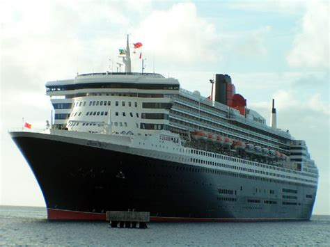 Queen Mary 2 U2013 Not Just Another Cruise Ship | Detuhu