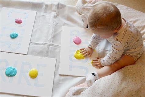 a quel age mettre bebe au pot 28 images a quel age on peut mettre l enfant dans un trotteur
