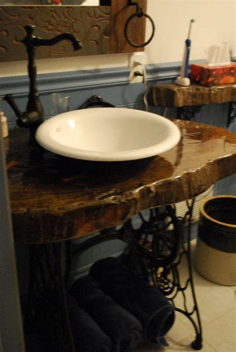 bette salle de bain vanit 233 de salle de bains une tranche de tronc d arbre obtenue 224 rabais c 233 tait un dessus de