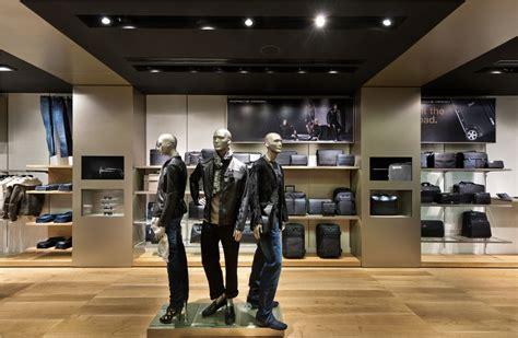 porsche design store  asia opens  singapore