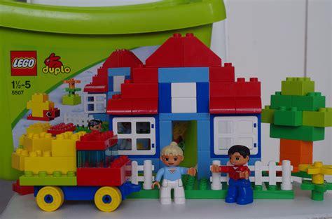 jeux de construire une maison fabulous boite lego duplo jeux lego with jeu construire sa maison