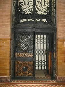 Elevator, Doors