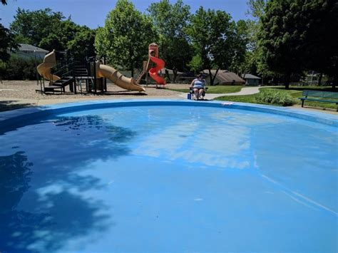 Shady Playgrounds In The Des Moines, Iowa Area
