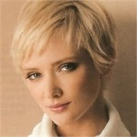 7 Nice Pictures of short hairstyles for fine hair : Woman