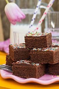 Rezept Schneller Kuchen : rezept schneller schokoladiger buttermilchkuchen aus dem backbuch von mama ~ A.2002-acura-tl-radio.info Haus und Dekorationen