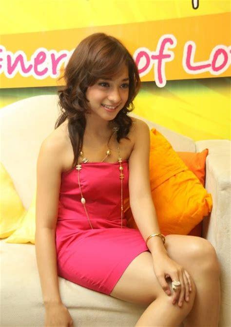 nikita willy bugil hot girls wallpaper