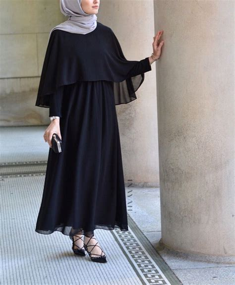 INAYAH | Black Cape #Maxi #Dress + Feather Grey Peach Skin #Hijab - www.inayah.co | Hijab ...