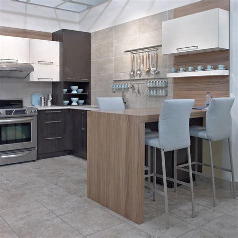 stratifié comptoir cuisine cuisines beauregard cuisine réalisation b14 cuisine urbaine en mélamine et stratifié