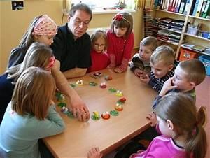 Kinder Spielen Zirkus : spielen im kindergarten erleb bar mitmach programme f r ~ Lizthompson.info Haus und Dekorationen