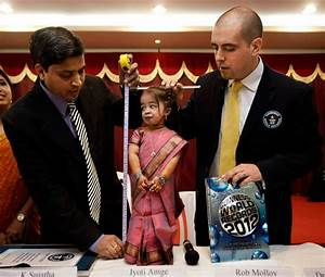 The world's shortest woman: Jyoti Amge, 18 years old and ...