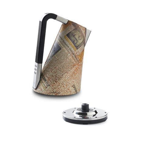 Casa bugatti è specializzata in articoli d'arredamento di design: Electronic kettle, Individual - Newspaper - CASA Bugatti