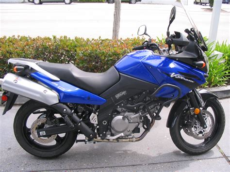 suzuki motorcycle file suzuki vstrom dl650 motorcycle jpg wikipedia