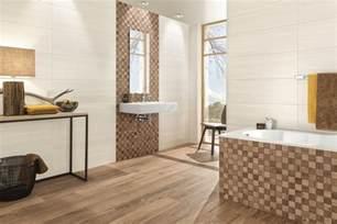 badezimmer fliesen mit mosaik muster fliesentrends 2016 holzoptik struktur mosaik oder