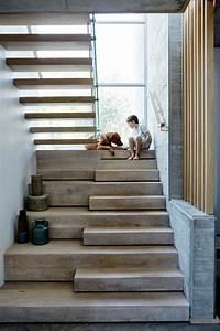 Hauseingang Treppe Modern : treppe mit glasgel nder f r schickes interieur ~ Yasmunasinghe.com Haus und Dekorationen