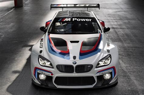 bmw unveil    gt racing car red bull