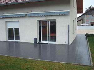 Carrelage Terrasse Gris : dalle terrasse sur plots carrelage 2 cm sur plots carra france ~ Nature-et-papiers.com Idées de Décoration