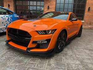 2020 FORD MUSTANG SHELBY GT500 IN TWISTER ORANGE
