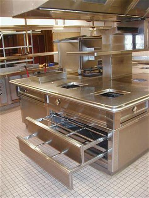 piano de cuisine d occasion piano cuisine central tout inox avec hotte matinox