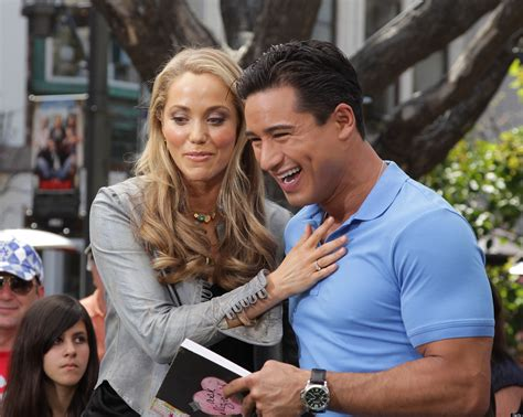 'Saved By The Bell' Reunion: Mario Lopez And Elizabeth ...