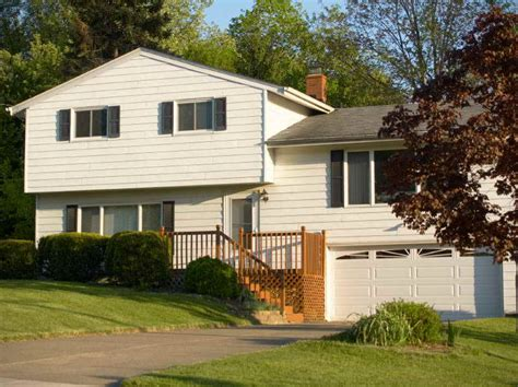 split level house style split with bump out what is a split level house
