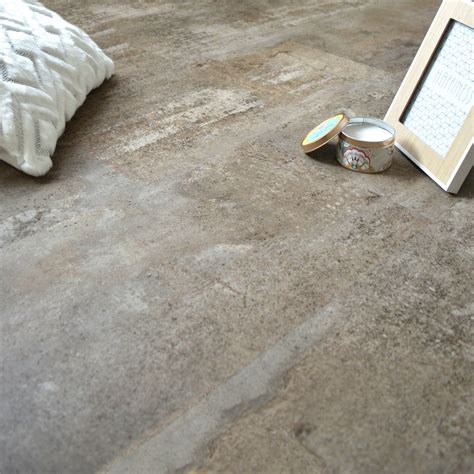 sol en dalles pvc clipsables imitation b 233 ton gr 232 ge chez decoweb sol pvc beton vloer