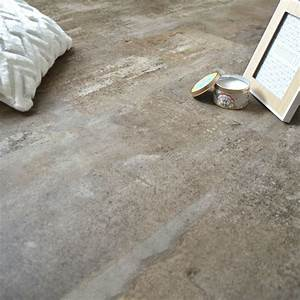 sol en dalles pvc clipsables imitation beton grege chez With dalle pvc parquet