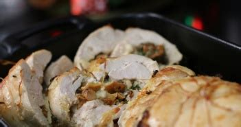 hervé cuisine tarte tatin recette du roulé de poulet aux chignons et mozzarella
