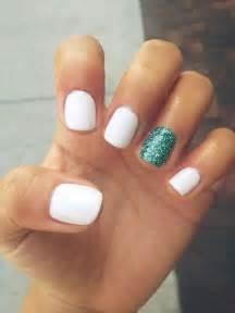 White turquoise nails